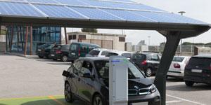 Recarga de flotas de vehículos eléctricos con energía fotovoltaica