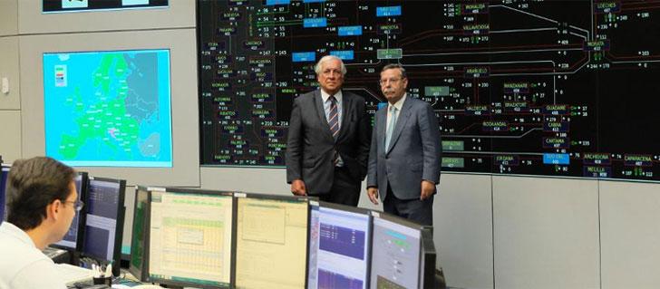 Red Eléctrica y Marca España suscriben el acuerdo de colaboración.