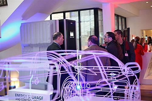 Nissan y Eaton impulsan un sistema de baterías recicladas