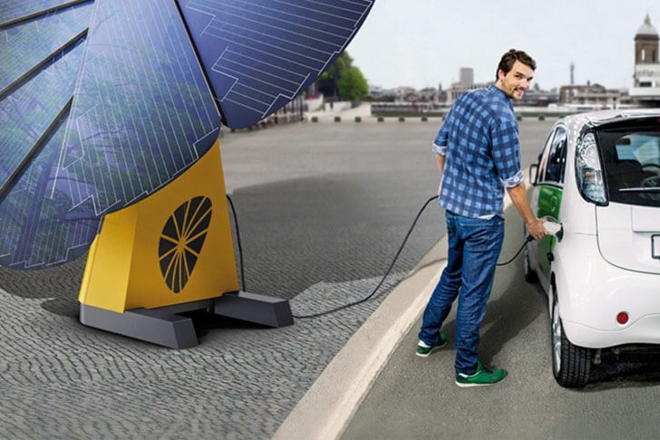 Sistema smartflower pop-e de recarga de vehículos.