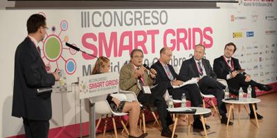 Retos regulatorios y técnicos para la integración eficiente de recursos energéticos distribuidos en los sistemas eléctricos de distribución: perspectiva nacional y europea
