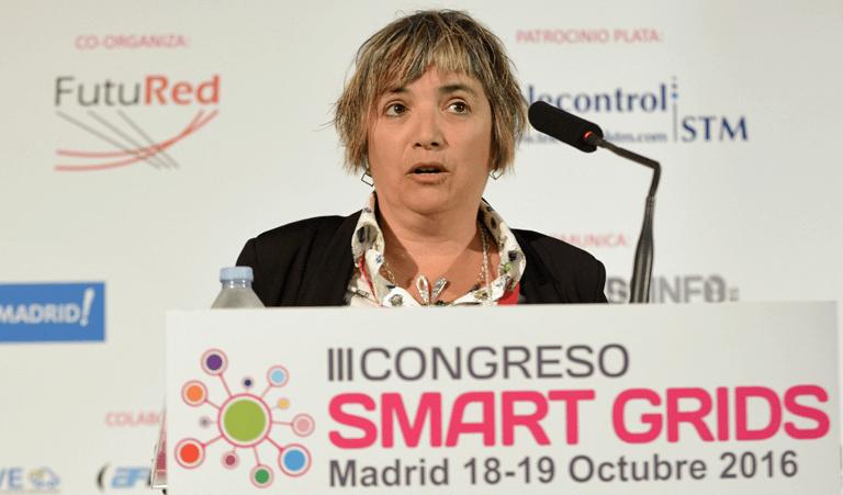 Karmele Herranz-Pascual, Investigadora Especialista en Tecnalia Research & Innovation, en el III Congreso Smart Grids.