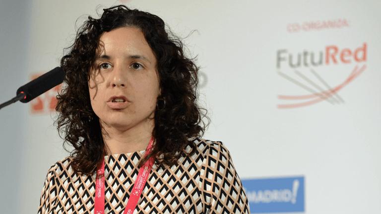 Lola Alacreu, Project Manager de ETRA I+D, en el III Congreso Smart Grids.