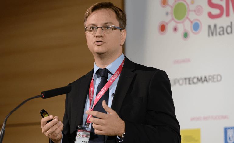 Pablo Cirujano, Technical Manager en Ormazabal Cotradis Transformadores, durante su ponencia en el III Congreso Smart Grids.