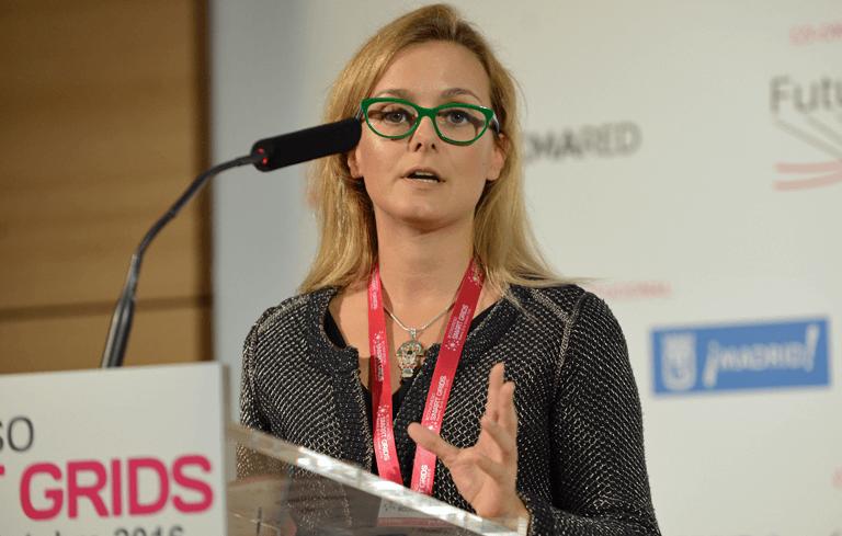 Paloma Rodríguez, Directora de Tecnología de Albufera Energy Storage, durante su presentación en el III Congreso Smart Grids.