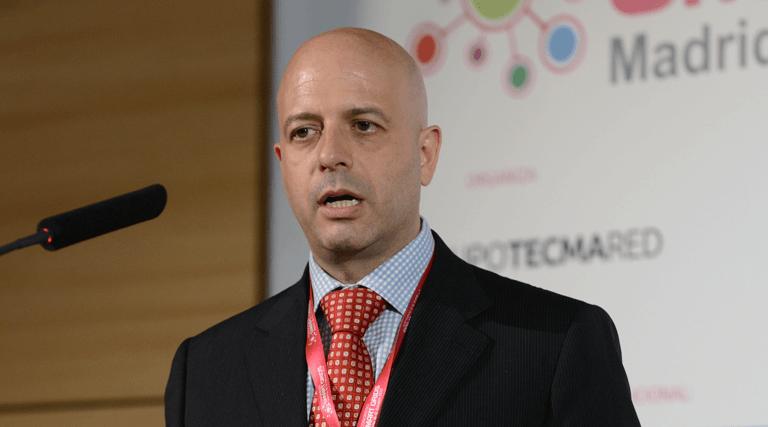 Aitor Amezua, Director Smart Grids en Ormazabal, durante su presentación en el III Congreso Smart Grids.