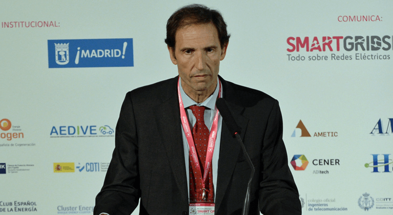 José Ignacio Hormaeche, Director Gerente del Cluster de Energía País Vasco, durante la Conferencia Magistral en el III Congreso Smart Grids.