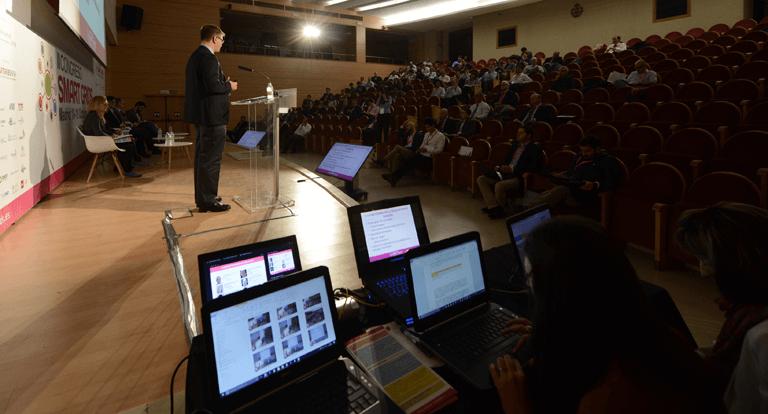 Retransmisión del III Congreso Smart Grids en tiempo real a través de Twitter