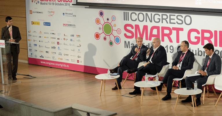 Mesa Redonda sobre Interoperabilidad y Normalización en las Smart Grids.