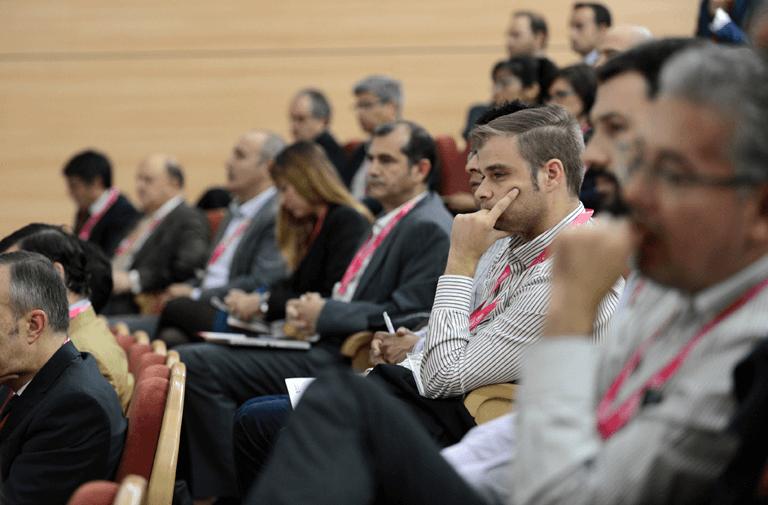 Público en el III Congreso Smart Grids.