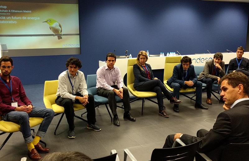 Mesa Redonda con ponentes y miembros de Endesa y Ethereum Madrid.