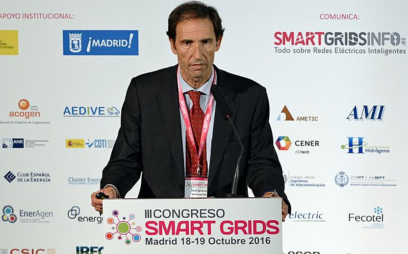 José Ignacio Hormaeche, Director Gerente del Cluster de energía de País Vasco, en el III Congreso Smart Grids