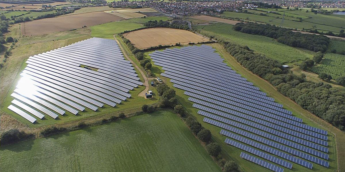 Una empresa espa ola construye en inglaterra la planta solar para la mayor embotelladora de - Empresas en inglaterra ...
