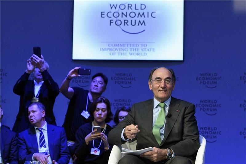Ignacio Galán durante su internvención en Davos