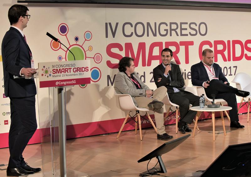 Óscar Lage, Director de Cyber Security en Tecnalia participa en la Mesa Redonda sobre Ciberseguridad.