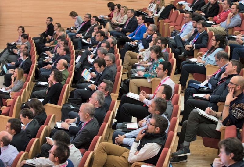 Congresistas en el auditorio del IV Congreso Smart Grids.