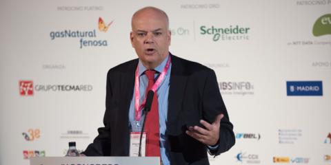 Digitalización, Descentralización y Descarbonización: Hacia un nuevo modelo del sector energético