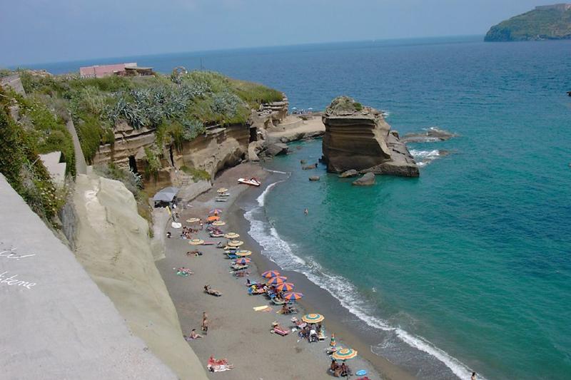 Playa de Ventotene