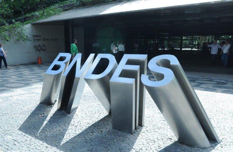 Entrada al edificio de BNDES. Brasil.