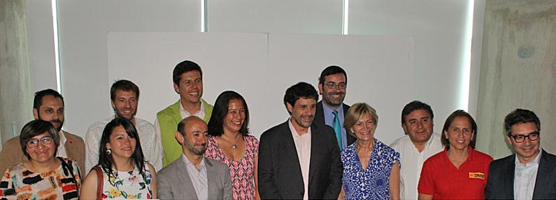 Representantes de los proyectos locales de generación distribuida con energías renovables y eficiencia energética que han sido adjudicatarios del primer concurso de estas características del Ministerio de Energía de Chile.