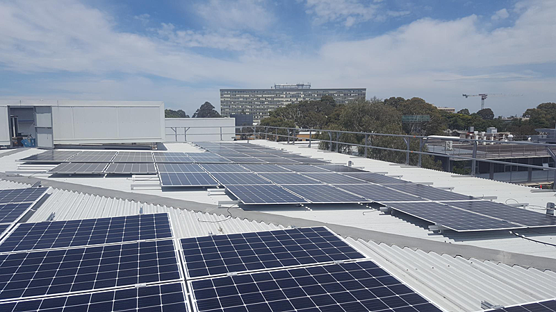 Indra diseña e instala una micro-red eléctrica de última generación en el campus de la Universidad de Monash, la mayor de Australia, para garantizar su sostenibilidad y eficiencia energética.