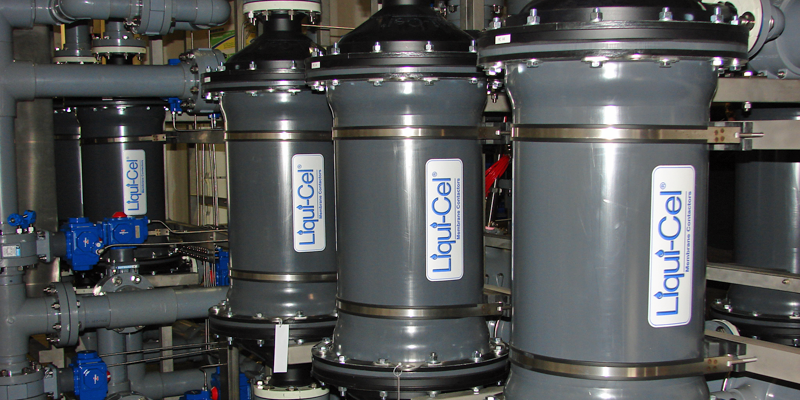 Aplicación de la tecnología Liqui-Cel de transformación de gases en líquidos de 3M en la generación de energía.