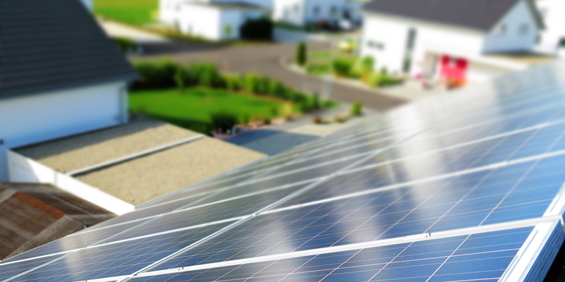 El simulador energético ofrece la posibilidad a instaladores, por ejemplo, de diseñar y calcular lo que necesita una instalación fotovoltaica con sistema de almacenamiento para satisfacer las necesidades de una vivienda.