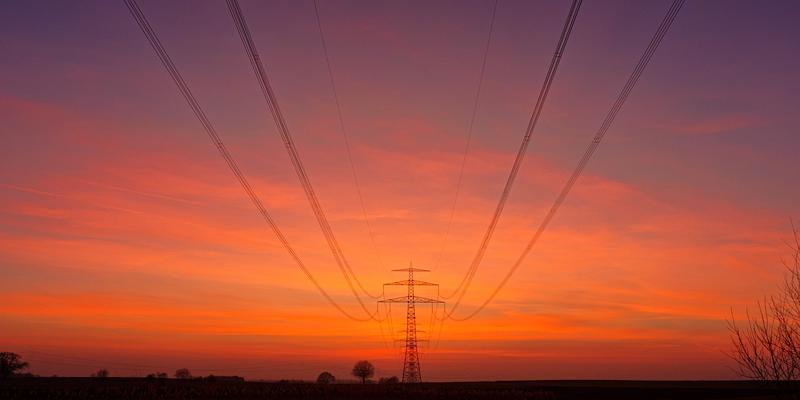 La línea eléctrica entre País Vasco y Navarra es un proyecto que requiere una inversión de 70 millones de euros y para garantizar su transparencia, se abre un proceso de participación.