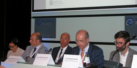 Canarias defiende en Bruselas medidas para acelerar el desarrollo de renovables en las RUP