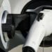 3M presenta un sistema de refrigeración líquida que alarga la vida de las baterías de vehículos eléctricos