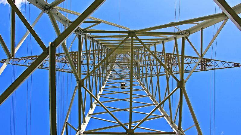 Torre eléctrica. El Foro de la Electrificación promueve el uso de la electricidad para descarbonizar la economía.