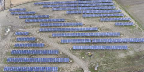 La cooperativa Som Energia pone en marcha su nueva planta fotovoltaica en la provincia de Ávila