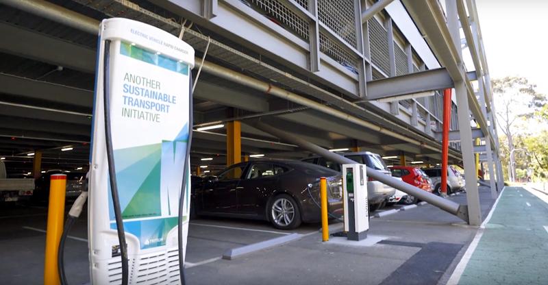 Recarga de vehículos eléctricos en la Universidad de Monash