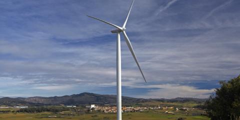 El municipio navarro de Barásoain se convierte en referencia de integración rural de energía eólica