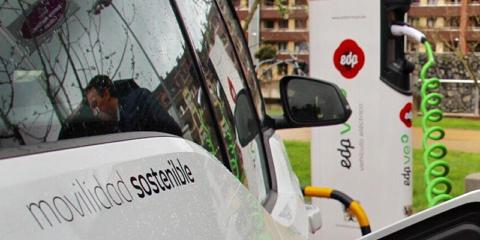 Oviedo tendrá tres puntos de recarga semirrápida en un aparcamiento público de la ciudad