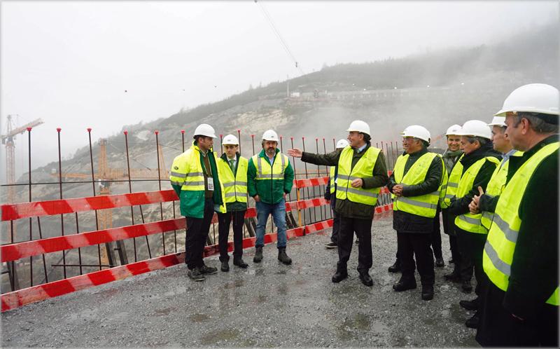 Visita a las obras de la gigabatería del Tâmega, en Portugal