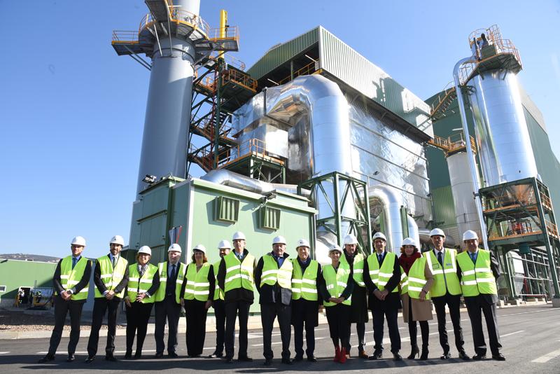 Acto de inauguración de la planta de biomasa