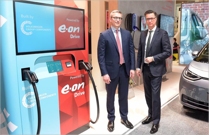 Representantes de E.ON y Volkswagen Group Components