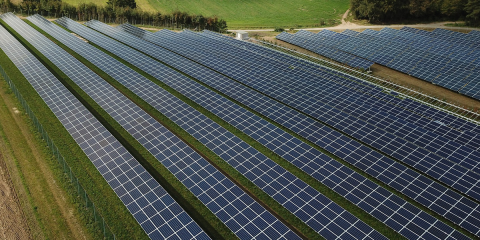 El sector fotovoltaico trabaja para garantizar el suministro energético y limitar al máximo el impacto del COVID-19