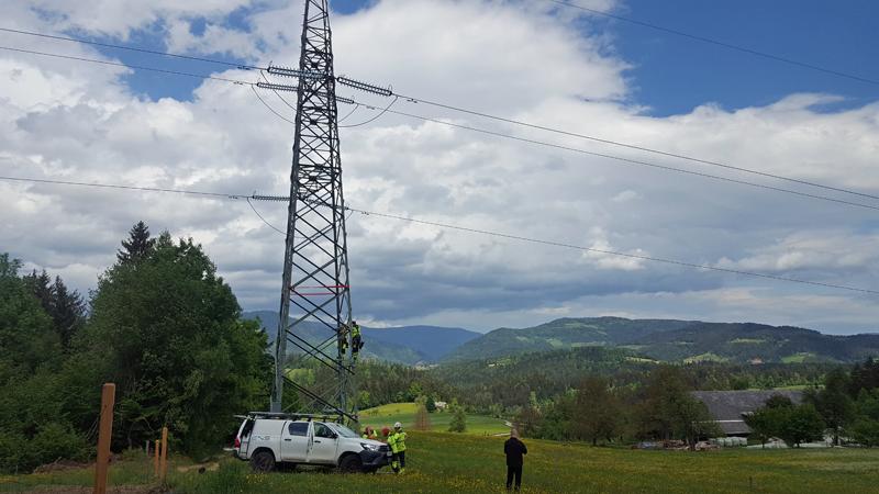 torres de transmisión equipadas con estructuras de acero para estaciones meteorológicas innovadoras
