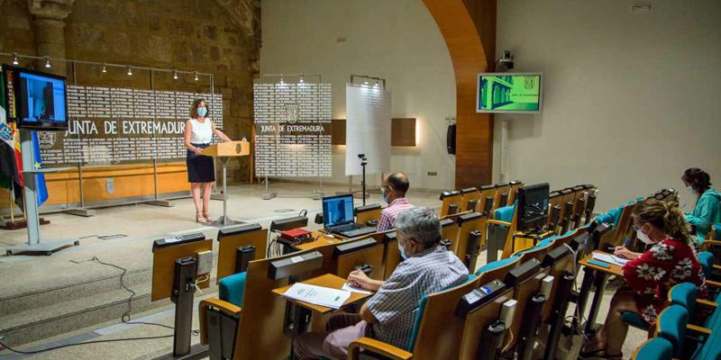 Extremadura presenta su Plan Integrado de Energía y Clima para combatir la emergencia climática