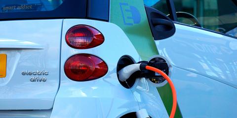 Investigadores de la UPC crean soluciones para adaptar la red eléctrica a las renovables
