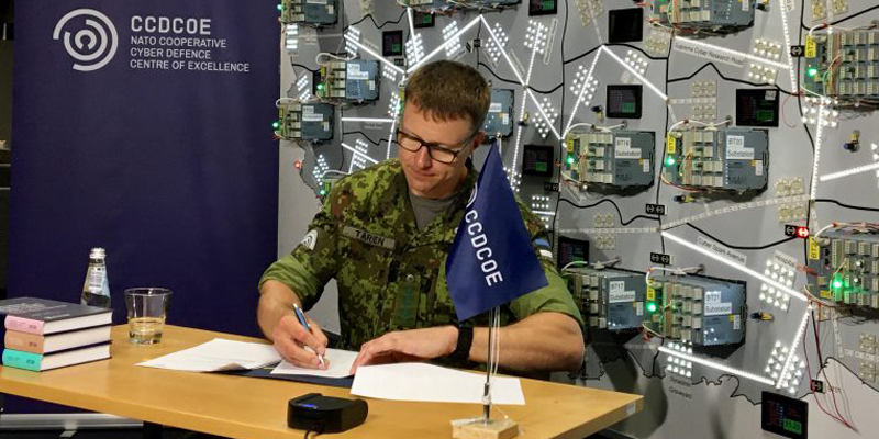 firma de OTAN con Siemens para aumentar la capacitación en ciberseguridad