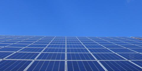 Adjudicados 2.036 MW fotovoltaicos y 998 MW eólicos en la primera subasta renovable del nuevo marco retributivo