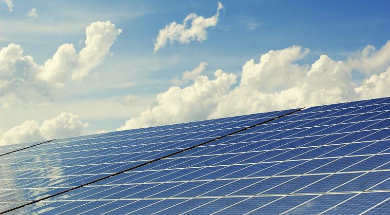 proyectos de energía fotovoltaica en Cádiz y Sevilla