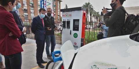 La red de electrolineras de la provincia de Badajoz comenzará a funcionar el próximo verano
