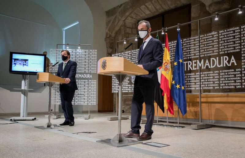El presidente de Extremadura y el ministro de Ciencia e Innovación