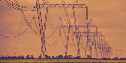La CNMC publica la quinta liquidación de 2021 del sector eléctrico y las energías renovables