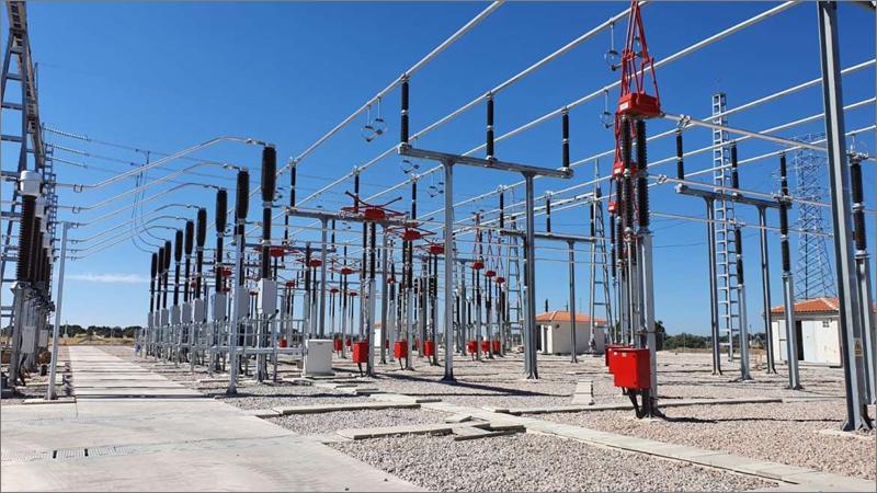 Subestación eléctrica Arenales que próximamente estará operativa en Cáceres.