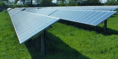 Baleares declara el parque fotovoltaico agrisolar de Es Mercadal proyecto industrial estratégico